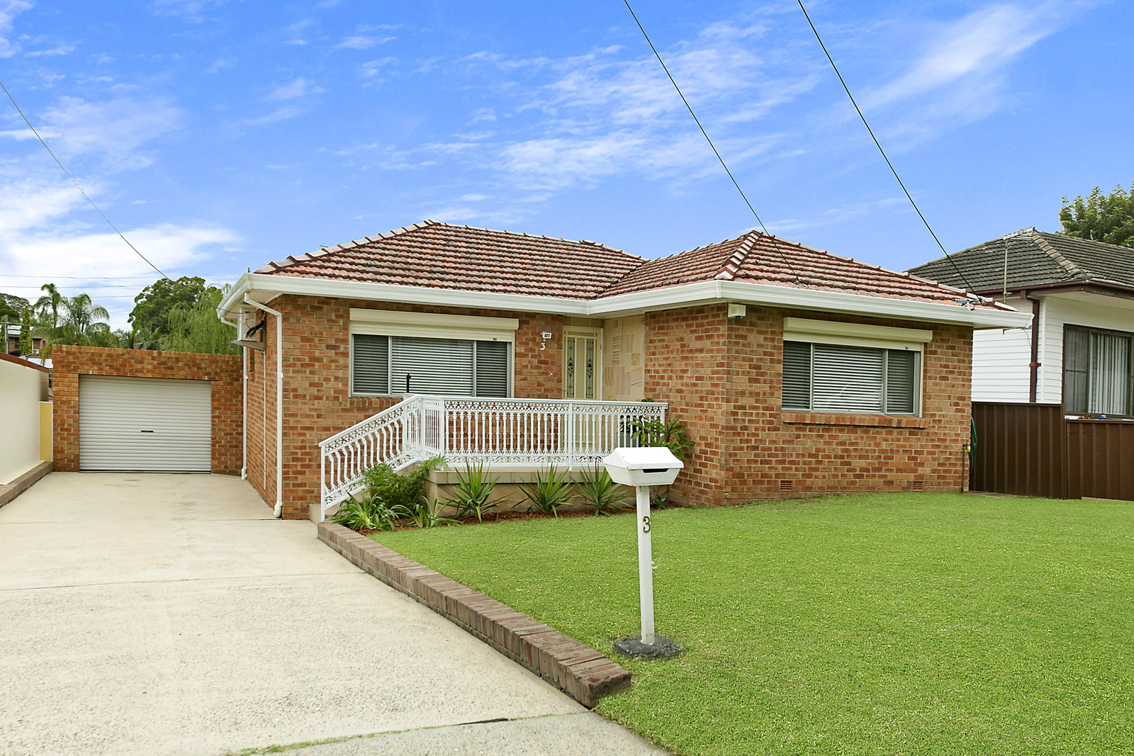 3 Dawes ave Regents Park NSW 2143
